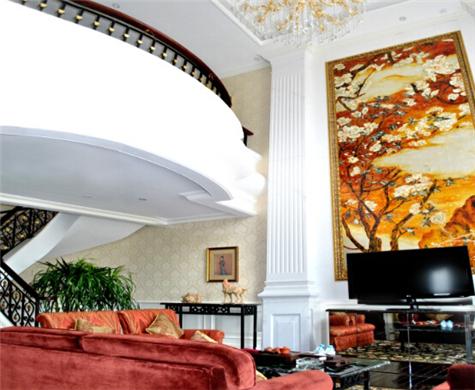 <span>熹龙酒店总统套房大厅</span>